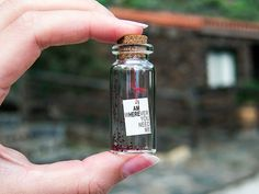 I AM wHEREver you need me. Tiny message in a bottle. Cute Gifts, Diy Gifts, Handmade Gifts For Her, Glass Vials, Cork Stoppers, Gifts For My Boyfriend, Message In A Bottle, Mini Bottles, Bottle Crafts