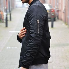 Bomber jacket black €44,99 Best value of money http://mymenfashion.com/bomber-jacket-black.html