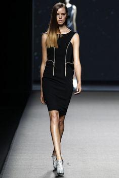 Amaya Arzuaga  - Primavera-verano 2015 - Mercedes Benz Fashion Week Madrid
