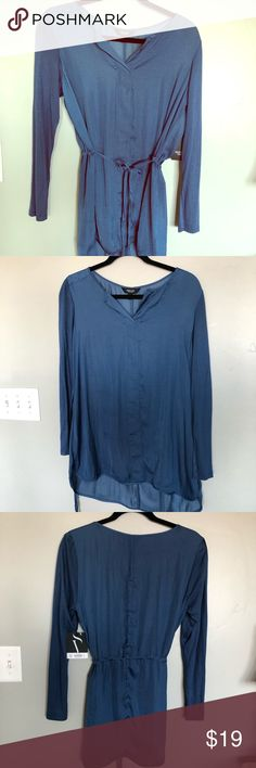 Vera Wang New Deep Blue Blouse size M This blouse is gorgeous!! Brand New and the prettiest blue/periwinkle color I've seen.  Long and light with adjustable waist Vera Wang Tops Blouses