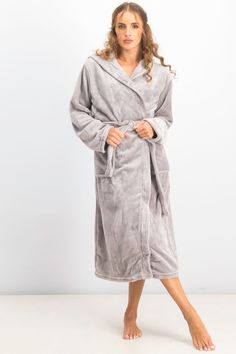 Sleep On It Boys 2-Piece Fleece Robe Set Shawl Collar Belted Bath-Robes with Matching Slippers Youth Sleepwear