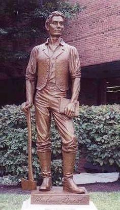 Sculpture of Abraham Lincoln in Covington, Ky by NKU alumnus Matt Langford