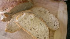 This gluten-free walnut and rosemary bread recipe makes a savory, aromatic loaf of walnut-studded, rosemary-flecked artisan bread. Sourdough Rolls, Sourdough Recipes, Enamel Dutch Oven, Rosemary Bread, Breakfast Bread Recipes, Brown Bread, Vegan Cupcakes, Gluten Free Breakfasts, Fermented Foods