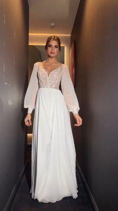 Cute Prom Dresses, Ball Dresses, Elegant Dresses, Bridal Dresses, Wedding Dress Bustle, Muslimah Wedding Dress, Anarkali Dress Pattern, Hijab Evening Dress, Maternity Dresses