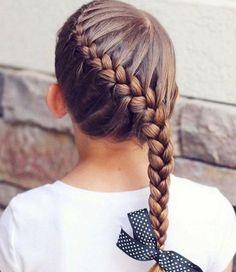 Mariage, vacances, école... toutes nos idées de tresses pour les petites filles #coiffure #tresse #nattes #fille #cheveux #blonde #brune #ecole #mariage #cérémonie #fete #aufeminin