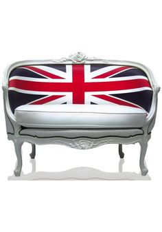 Mix and Chic: Union Jack-inspired furniture and home furnishings.