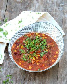 Innholder annonselenker Heisann! Den meksikanske gryta har eg forstått er populær hos mange. Eg leste en plass for ei stund sida at det er en av Toros mest solgte gryter. Men for all del – prøv å lage den sjølv! Det tar ikkje lengre tid og er minst like enkelt. Smak og næringsinnhold er bedre … Couscous, Chana Masala, 30th, Curry, Food And Drink, Mad, Healthy Recipes, Ethnic Recipes, Dinner Ideas