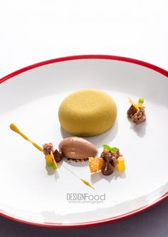 Pumpkinseed mousse served with ginger flavoured chocolate, photo: DESIGNFood Antonio Photography - The ChefsTalk Project
