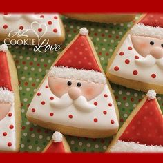 Best Ideas For Cookies Christmas Santa Santa Cookies, Christmas Sugar Cookies, Iced Cookies, Christmas Cupcakes, Christmas Sweets, Cute Cookies, Noel Christmas, Royal Icing Cookies, Holiday Cookies