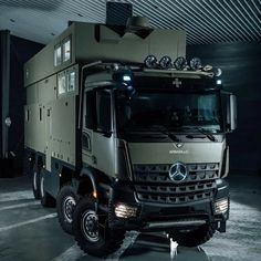 Mercedes Bus, Mercedes Benz Trucks, Off Road Camper, Truck Camper, Army Vehicles, Armored Vehicles, Iveco 4x4, Leisure Travel Vans, Overland Trailer