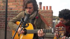 The Rooftop Sessions with: Jack Savoretti- 'Not Worthy' With cool flowing melodies, playful and moving lyrics, and a beautifuly raw-unkempt voice, you can't help but be enveloped by this mans music! Jools Holland, Bbc Radio, My Favorite Music, Live Music, Rooftop, Make Me Smile, Lyrics, My Love, Acoustic
