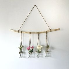 hanging branch with vases - The People Shop - Basteln - Vase ideen Diy Wand, Home Decor Accessories, Decorative Accessories, Decorative Items, Home Crafts, Diy And Crafts, Homemade Crafts, Mur Diy, Deco Floral