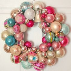 vintage ornament wreath shiny brite pinks and aqua. for christmas. Bauble Wreath, Christmas Ornament Wreath, Vintage Christmas Ornaments, Christmas Baubles, Christmas Crafts, Christmas Decorations, Antique Christmas, Cheap Ornaments, Etsy Christmas