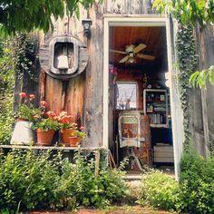 My garden studio in August www.stephaniedistler.com