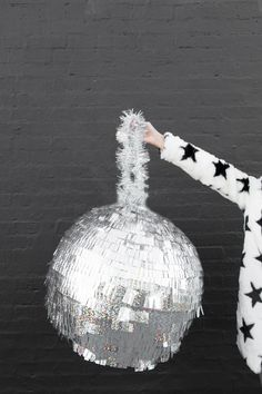 DIY Disco Ball Piñata   studiodiy.com