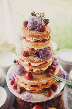 The Most Popular Wedding Cakes On Pinterest