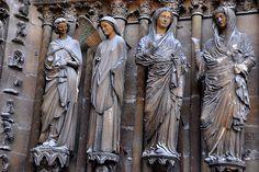 Notre-dame de reims, France (Reims Cathedral) Statues