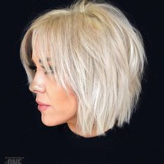 50 Best Female Haircut Style for Short Hair - # Bob Hair # Bob Haircut # Hairstyle # . für kurze Haare 50 Best Female Haircut Style for Short Hair - # Bob Hair # Bob Haircut # Hairstyle # . Short Choppy Haircuts, Haircuts For Fine Hair, Short Bob Hairstyles, Latest Hairstyles, Haircut Short, Short Shaggy Bob, Trending Hairstyles, Shag Bob, Choppy Bob With Fringe