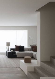 minimal Apartment clean lines and high ceilings by Vincent Van Duysen minimal Apartment clean lines and high ceilings by Vincent Van Duysen Interior Design Minimalist, Minimalist Home, Modern Interior Design, Interior Architecture, Living Room Interior, Living Room Decor, Living Rooms, Minimal Apartment, Appartement Design