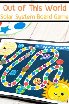 A free printable solar system board game that kids will love to play. Learn about the planets and what they look like in a hands-on way! #printableboardgame #spaceactivities #solarsystem #kidsactivities #learningthroughplay #boardgames #preschool Planets Preschool, Planets Activities, Space Theme Preschool, Space Activities For Kids, Preschool Board Games, Board Games For Kids, Preschool Activities, Solar System Games, Solar System Activities