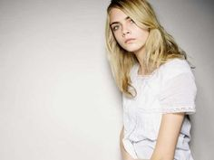 Cara Delevingne (August 2009 - June 2012) - the Fashion Spot