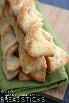 Easy Garlic Parmesan Breadsticks