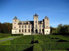 Sint-Michiels Brugge - Bruges - kasteel Tillegem - by stintje, via Flickr