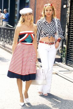 Sex and the City: Going for stripes.