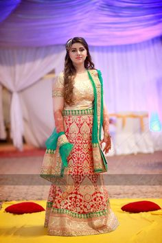 Azeemi studio photography Bollywood Saree, Bollywood Fashion, Pakistani Outfits, Indian Outfits, Beautiful Dresses, Nice Dresses, Dulhan Dress, Desi Clothes, Bridal Collection