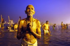 A Hindu devotee pray