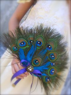 Renaissance Peacock Feather Bridal Fan Bouquet in your choice of sizes Peacock Dress, Peacock Theme, Peacock Bridesmaid Dresses, Peacock Colors, Unique Wedding Colors, Unique Weddings, Romantic Weddings, Wedding Bouquets, Wedding Flowers