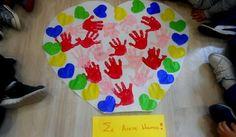Σ' αγαπώ ΜΠΑΜΠΑ. Μια κατασκευή από τα παιδιά του ΚΟΥΚΛΟΤΟΠΟΥ για να δείξουν την αγάπη τους στον μπαμπά τους την ημέρα της γιορτής του ΠΑΤΕΡΑ