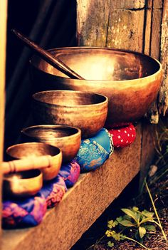 Magical sound of Tibetan singing bowls - rich tones, rich vibe, rich patina