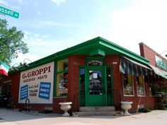 In Bay View, Groppi's is one of the oldest Italian food stores in an area of the earliest Italian settlements.