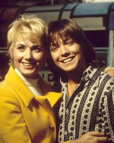David Cassidy & Shirley Jones from the Partridge Family 8x10 Photo | #1979877356 Do Re Mi, Famous Celebrities, Celebs, Nostalgia, Shirley Jones, Family Tv, Star David, Partridge Family, David Cassidy