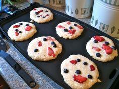 Oatmeal Berry Pancakes Recipe