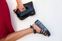 MARRO ACCESORIOS blue platform sandals and SEEME black rafia clutch styled by Miami fashion blogger Tanya Litkovska