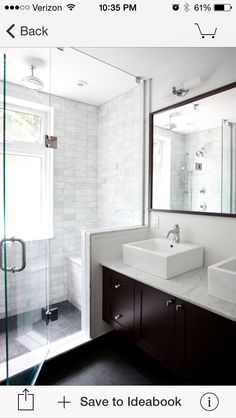 Small bath with double sinks