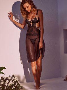 Chantilly Lace Midi Slip Very Sexy