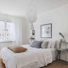 45 Dreamiest Scandinavian Bedroom Design and Decor Ideas - ClothinLine Modern Elegant Bedroom, Modern Minimalist Bedroom, Minimalist Scandinavian, Scandinavian Bedroom, Stylish Bedroom, Modern Bedrooms, Cozy Bedroom, Master Bedrooms, Small Apartment Bedrooms