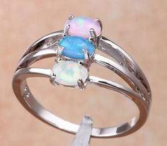 Ring - Silver fylld ring med blå/rosa/vit kristaller - strl - 9