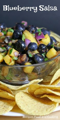 Blueberry Salsa A delicious appetizer made with fresh blueberries, red onions, a jalapeno pepper, papaya, my favorite salsa and cilantro. Serve with corn chips. #FollowTheFresh  #IC @FreshFromFlorida #ad