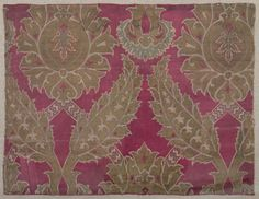 Floral Patterned Textile Textile Ottoman , 16th century Ottoman Empire, AH 680-1342 / AD 1281-1924 Creation Place: Turkey Silk and metallic thread lampas on satin foundation 40 x 52.7 cm (15 3/4 x 20 3/4 in.)