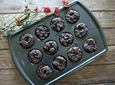"""Just because a recipe says """"clean eating"""" or """"healthy"""" does not mean it's going to be tasteless and lackingthe decadence you crave. Check out theseAMAZING chocolate treats you will love. Perfect for summertime when we are all out and about and trying to stay on track. Enjoy every single bite, forkful and spoonful of these [...]"""