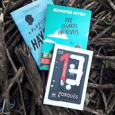 Aqueles livros que da vontade de  comprar vários e sair distribuindo por aí, de tão incríveis que são.  #book #livros #bookstagram #leiamais #good #love #happy #instalike #livro #books #bookreview #leitores #amolivros #phography #picoftheday #photobook #boatarde