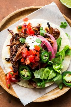 Vegan Pulled Mushroom Tacos 14 Fall Comfort Food Recipes Without Meat Or Dairy Vegan Spinach Dip, Meals Without Meat, Mushroom Tacos, Vegan Gravy, Jackfruit Recipes, Vegan Chili, Vegan Grilling, Vegan Tacos, Stuffed Mushrooms