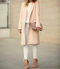 Classic trench coat in all seasons http://www.justtrendygirls.com/classic-trench-coat-in-all-seasons/