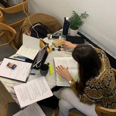 Study Board, Book Study, Study Notes, Back To University, University Life, Studyblr, Work Motivation, Study Space, Study Inspiration