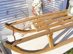 Vintage Weihnachtsdeko - vintage Holz Schlitten Rodelschlitten shabby chic - ein Designerstück von artdecoundso bei DaWanda