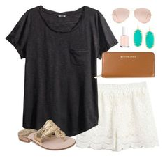 A fashion look from August 2014 featuring tee-shirt, lace shorts and leather sandals. Browse and shop related looks. Tween Fashion, Boho Fashion, Fashion Outfits, Spring Summer Fashion, Spring Outfits, Summer Chic, Cute Preppy Outfits, Bago, Lace Shorts